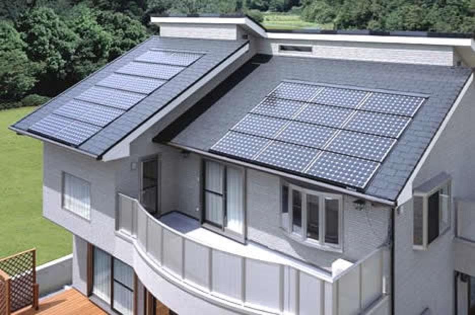 Сонячні панелі для котеджу, дачі