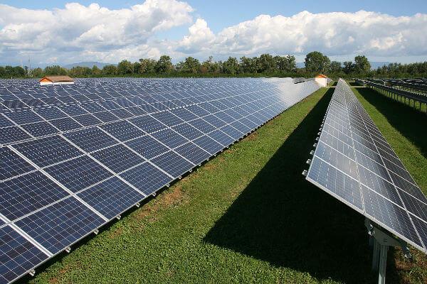 Парк сонячних панелей