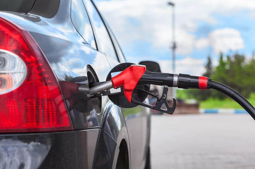 Нідерланди вирішили заборонити продаж автомобілів на бензині