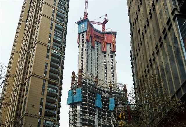 У Китаї будують один з найвищих та найбільш енергоефективних хмарочосів у світі
