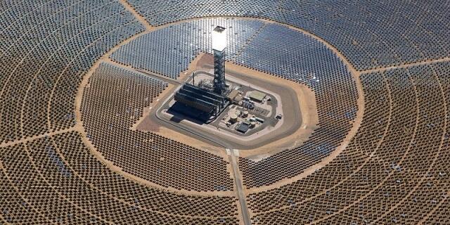 Найбільший у світі постачальник вугілля будує гігантську сонячну електростанцію