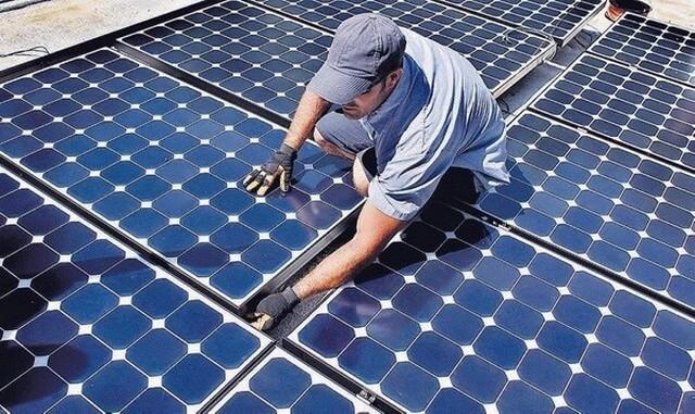 На всіх муніципальних будинках Австралії планують встановити сонячні батареї