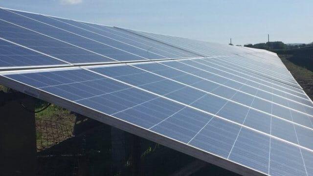 В Ірландії запрацювала перша сонячна електростанція, що забезпечуватиме електроенергією аеропорт