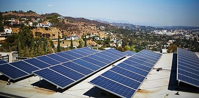 Каліфорнія вдвічі побила власний рекорд вироблення сонячної енергії