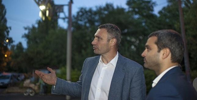 У Києві пішохідні переходи обладнають ліхтарями на сонячних батареях. На проект виділили 20 млн.грн
