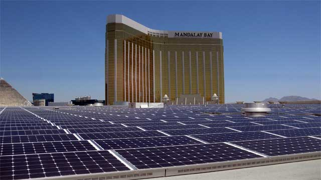В Лас-Вегасі на даху готелю встановили найпотужнішу в США дахову сонячну електростанцію – 8,3 МВт