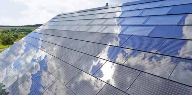Першим спільним продуктом Tesla і SolarCity стане «сонячне» покриття для будинків