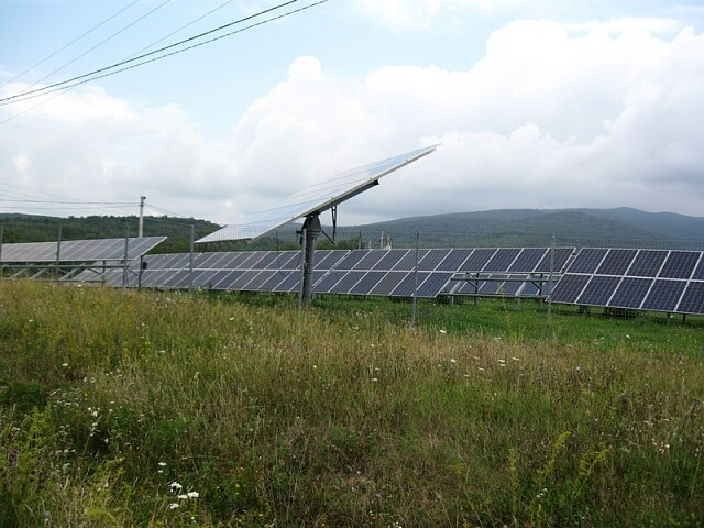 На Закарпатті будують нову сонячну електростанцію за 3,2 млн євро