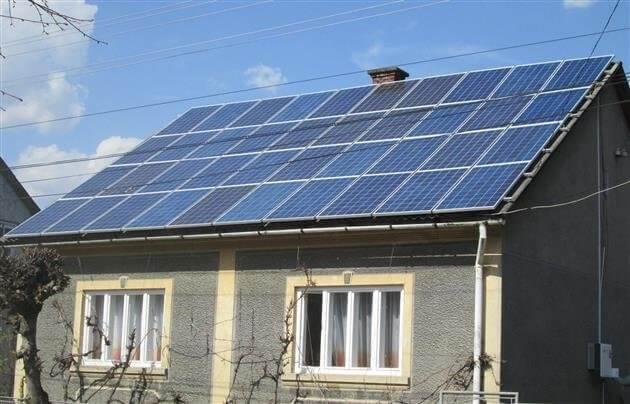 На Закарпатті обленерго радить домогосподарствам встановлювати сонячні панелі