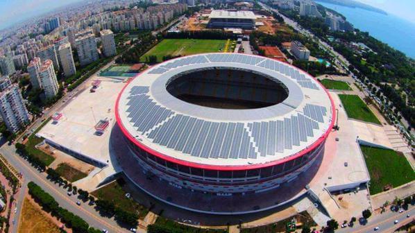Omron надає інвертори для сонячної електростанції 1,4 МВт на стадіоні Анталії в Туреччині