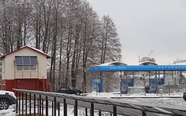 У Білорусі запрацювала перша в країні автомийка на сонячних батареях