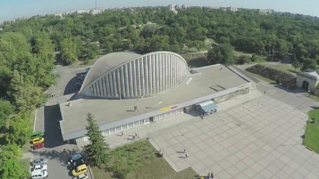 У Херсоні на кіноконцертному залі мають намір встановити сонячну станцію вартістю 2,6 млн гривень