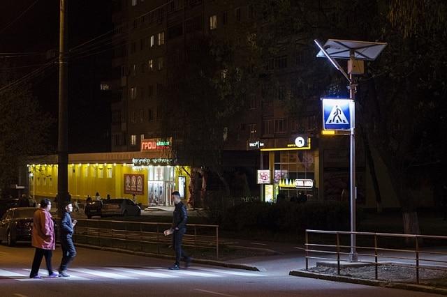 У Вінниці тестують підсвітку нерегульованих пішохідних переходів на сонячних батареях