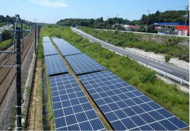В Японії будують найдовшу сонячну електростанцію завдовжки 10 км