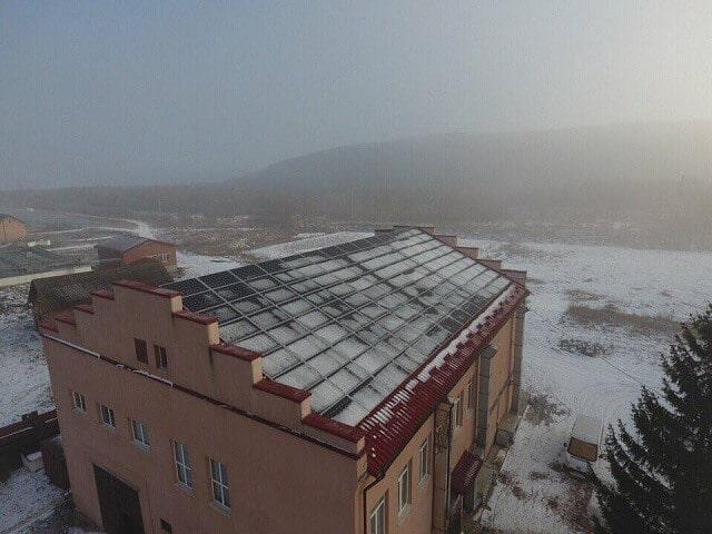 У Франківську дахи комунальних підприємств здали в оренду під сонячні станції на 50 років
