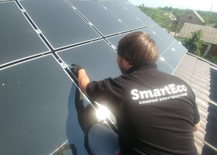 Сонячна електростнація під зелений тариф 10 кВт, Рівне, Колоденка. Монтаж панелей