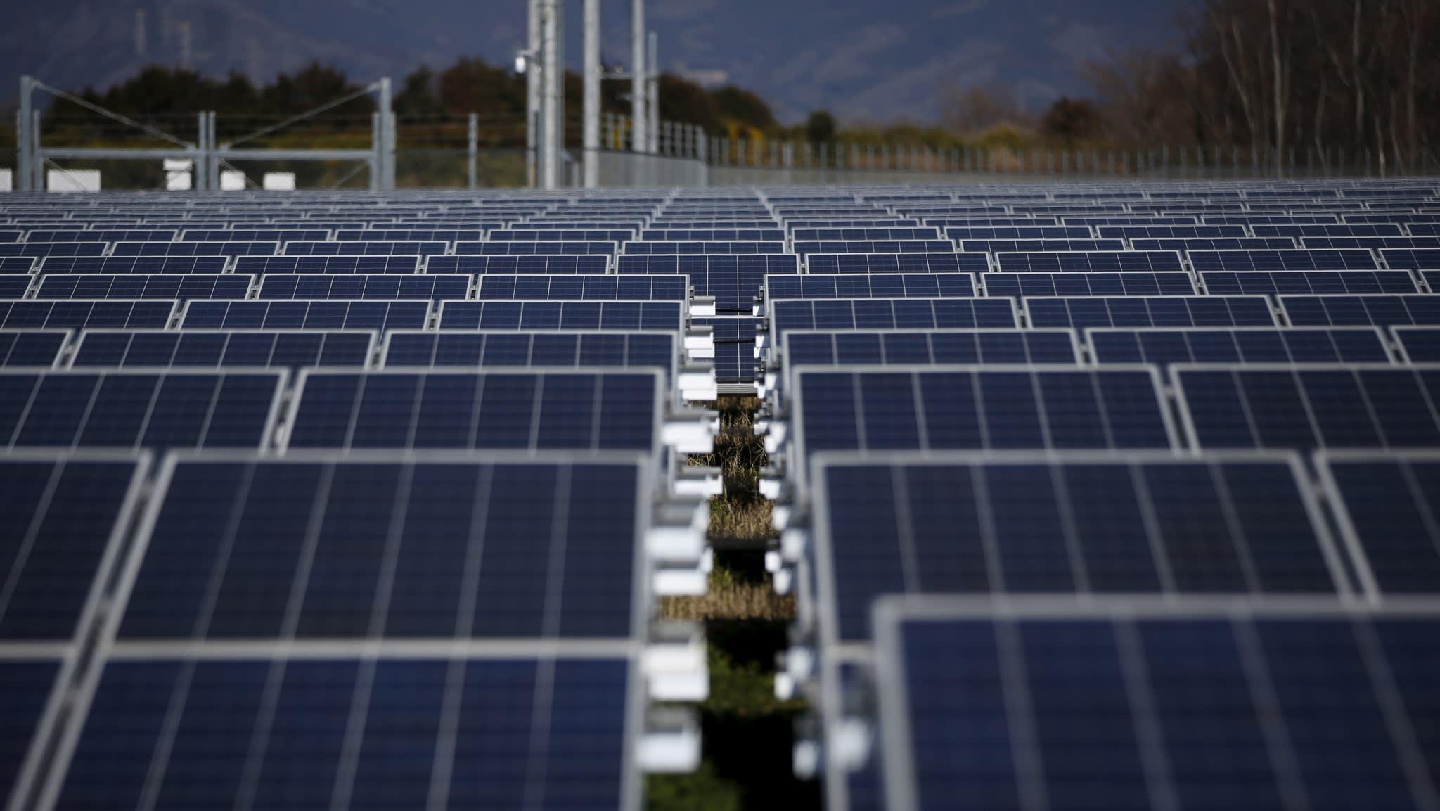"""Яка вартість """"зеленої"""" електроенергії в Україні - дослідження Clean Energy Lab"""