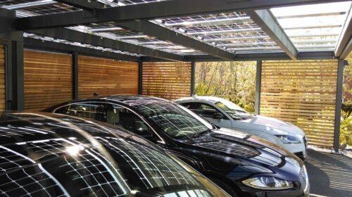 Навіс з сонячних панелей для автомобіля. Карпорт